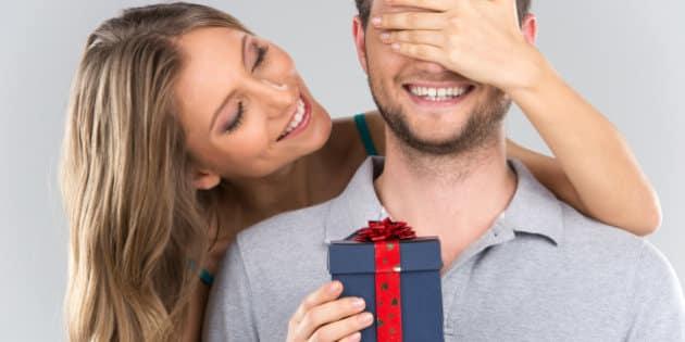 14 şubat sevgililer günü hediye önerileri erkekler kadınlar ne ister hediye alışveriş