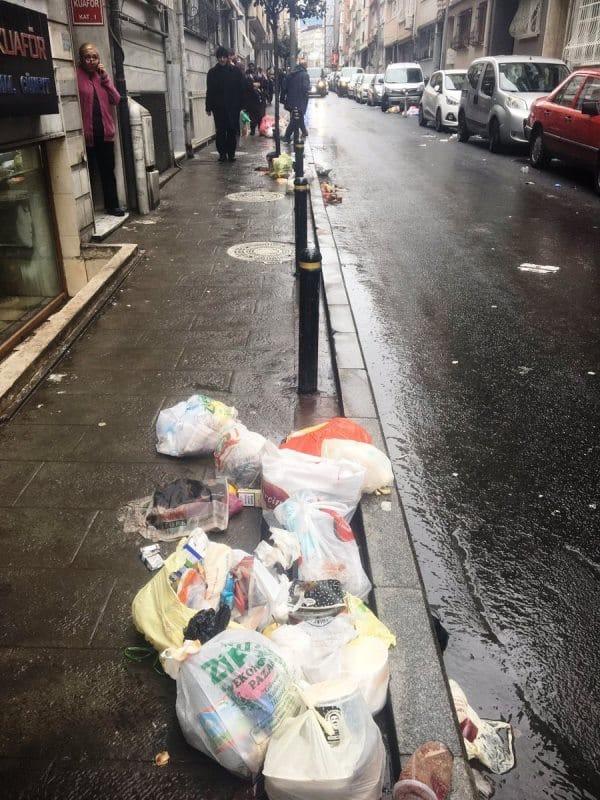 şişli belediyesi çöp toplamıyor