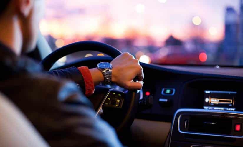 Güvenli araç kullanımı için sürücülere uyarılar