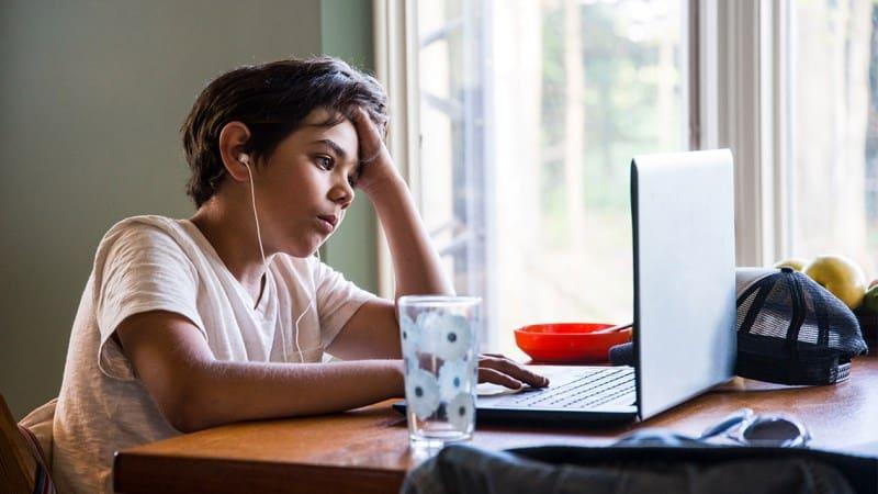 İnternetin doğru kullanılması için ebeveynlere öneriler
