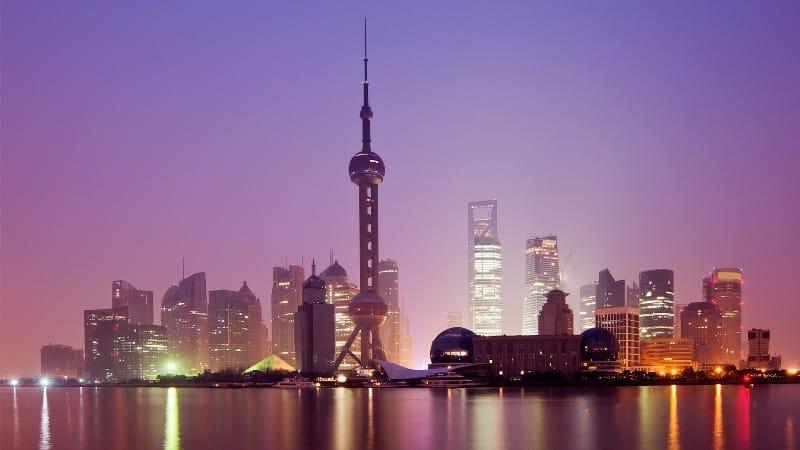 Doğu'nun İncisi Kulesi, Çin'in Şanghay şehrinde yer alan bir televizyon kulesidir. Pudong semtine bağlı Lujiazui'de Huangpu Nehri'nin kenarında yer almaktadır. Kule, 1991-1994 yılları arasında inşa edilmiştir.