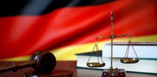 Almanya hakim ve savcılar başörtüsü takamayacak