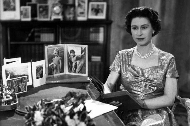 kraliçe ilk tv yayını
