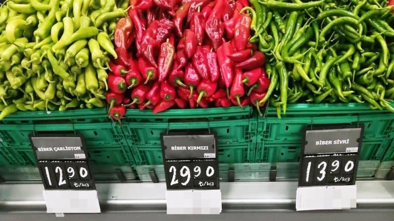 Kırmızı biber fiyatı rekor kırdı: Piyasada yeterli ürün yok!