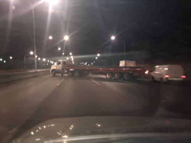 darbe Asker sokakta; Maduro açıklama yaptı Juan Guaido
