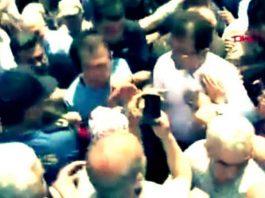 Ekrem İmamoğlu cami çıkışında provokasyon girişimi