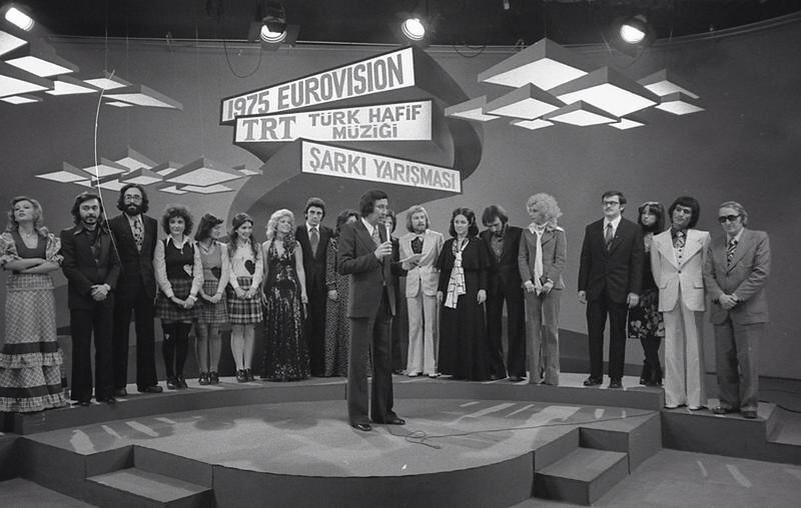 eurovision 1975 semiha yankı seninle bir dakika