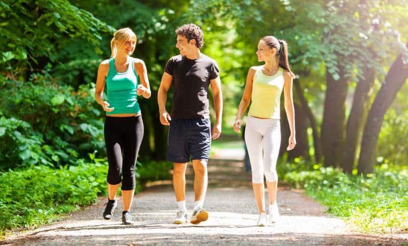 Yürüyüş yaparak kilo vermek isteyenler için 3 püf nokta!