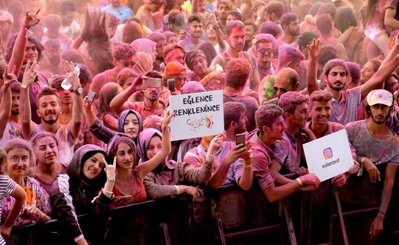 Doğu 4 ödüllü müzik festivali Gezginfest iptal edildi, sanatçılar tepkili!