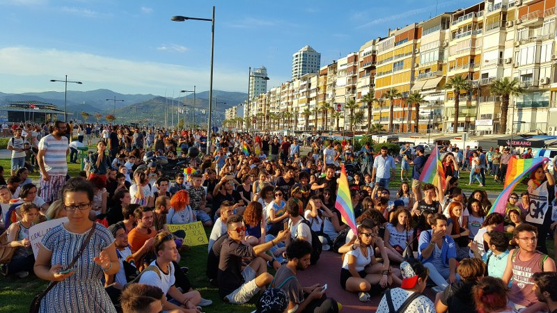 İzmir de LGBTİ+ Onur Haftası yasağı kaldırıldı