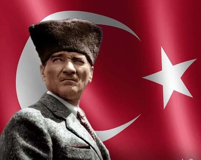 30 Ağustos Atatürk'tür. 30 Ağustos, özgürlüktür.