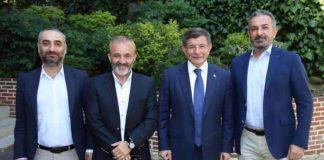 Ahmet Davutoğlu ile program yapan gazeteciler Yavuz Oğhan, Akif Beki ve İsmail Saymaz Sputnik Türkiye / RS FM deki işine son verildi. Sabah programları yapan Zafer Arapkirli de Sputnik ile yolları ayırdıklarını açıkladı
