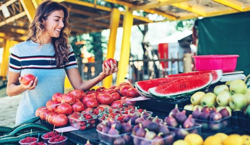 Sıcak yaz aylarında su dostu besinlerle kilo vermek için 9 öneri