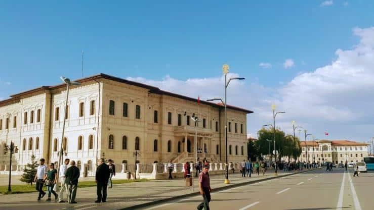Sivas İstiklal Caddesi adı Mursi Caddesi olarak değiştirildi
