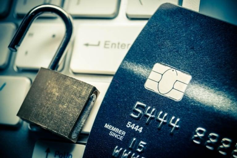 kredi kartı hırsızlığı phishing scamming fraud credit card theft