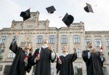 Üniversiteye yeni başlayacaklar için İK gözüyle 10 geleceğe yatırım önerisi