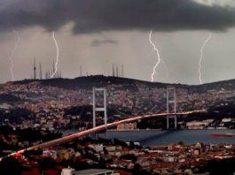 İstanbul'da kuvvetli yağış: Tüm vapur seferleri iptal edildi!