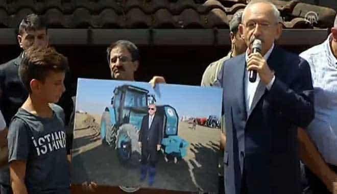 kılıçdaroğlu erdoğan Bir de gidip galoşla fotoğraf çektirmiş