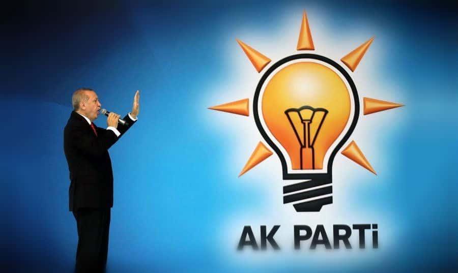 mehmet metiner AK Parti ömrünü tamamladı, erdoğan önderliğinde yeni bir partinin kurulması gerekiyor