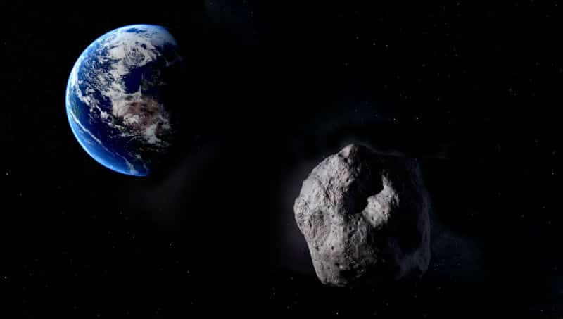 NASA: Piramit büyüklüğünde dev asteroid Dünya ya yaklaşıyor