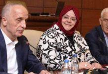 Türk-İş Başkanı mikrofonu açık kalınca skandal ortaya çıktı!