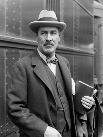 Howard Carter kimdir