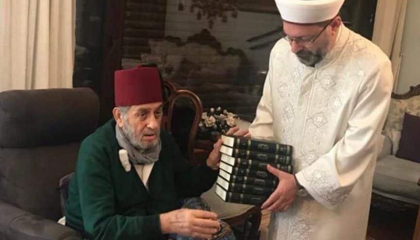 """Diyanet İşleri Başkanı Ali Erbaş'ın, """"Keşke Yunan kazansaydı,"""" diyen Kadir Mısırlıoğlu'nu ziyareti"""