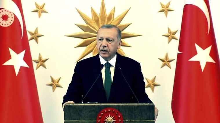 Erdoğan: Bazı belediyelerimizde yaşanan hadiseleri üzüntüyle takip ediyoruz