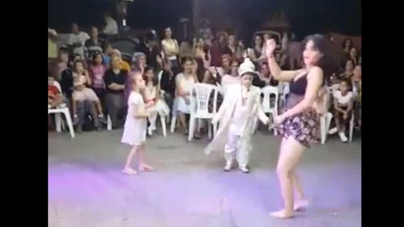 Sünnet düğününde twerk dansı hakkında suç duyurusu