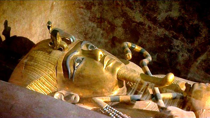 Tutankamon tabutu 97 yıl sonra ilk kez görüntülendi