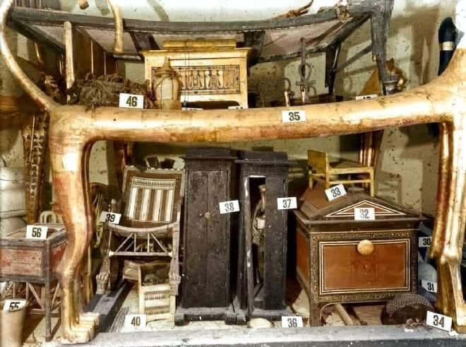 tutankhamon mezar odası hazineler