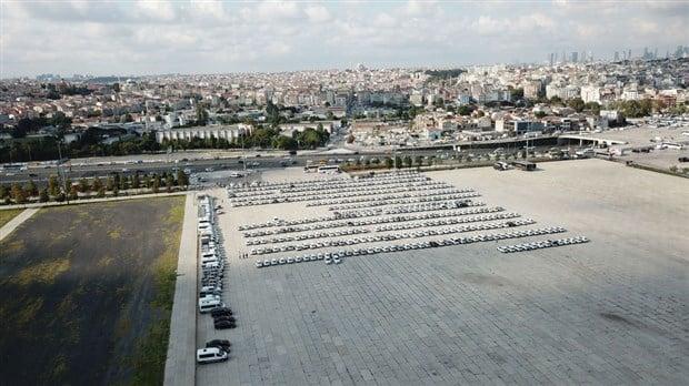 Yenikapı'da sergilenen kiralık araçlar havadan görüntülendi