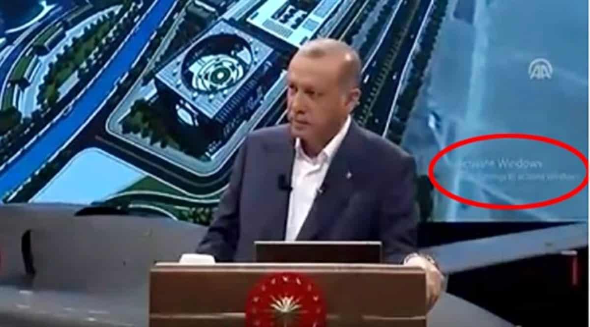 Cumhurbaşkanlığı Sarayında lisanssız Windows kullanılıyor