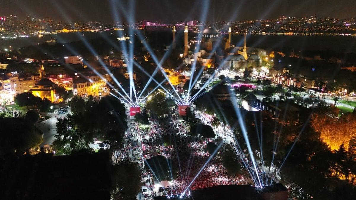 Sultanahmet Meydanı, İstanbul - Cumhuriyet Bayramı coşkusu