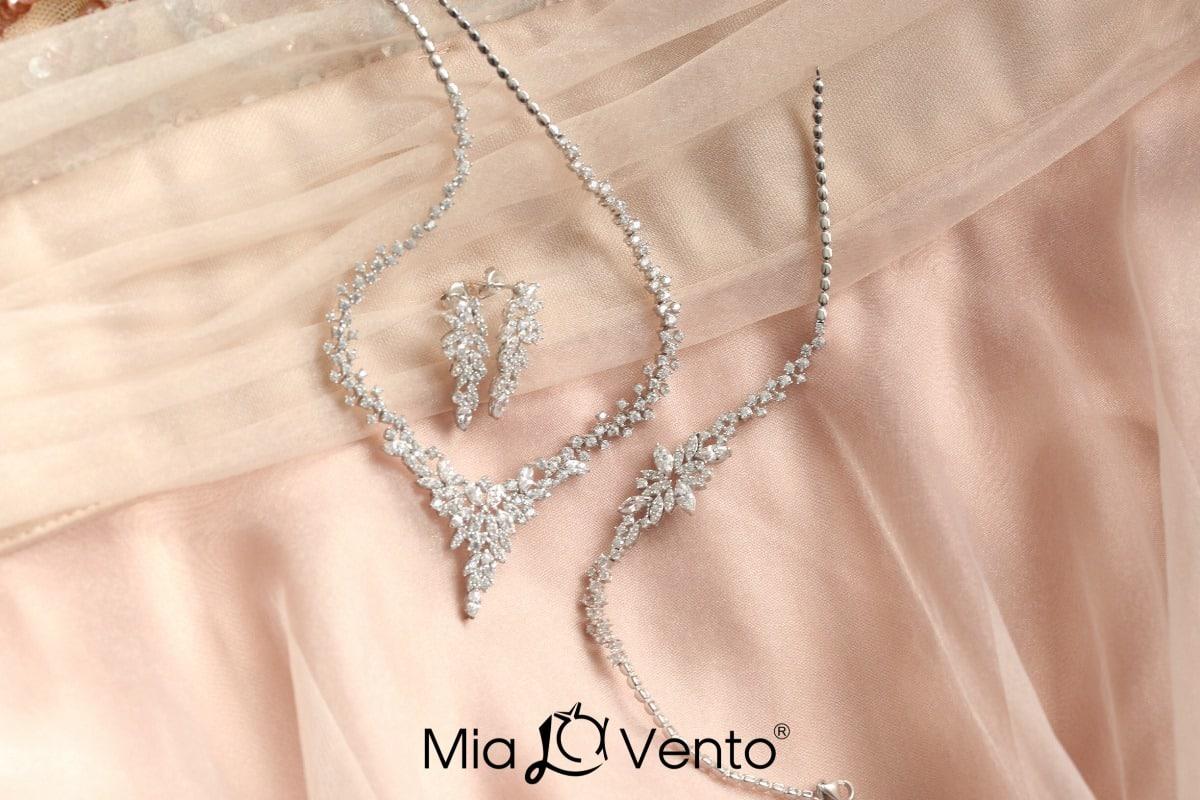 Mia Vento takı seti