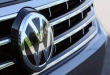 Volkswagen: Türkiye'ye fabrika yatırımı askıda, ancak alternatif yer aramıyoruz