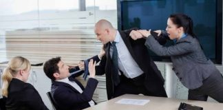 Yargıtay dan emsal karar: Kavgayı ilk başlatan işçi tazminatsız kovulur