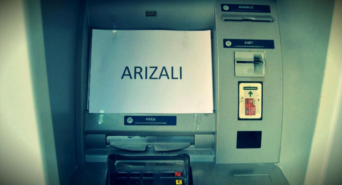 İşsiz vatandaş ATM lere zarar verdi; Cezaevine girmek için yaptım dedi