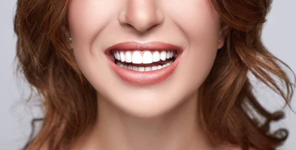 çarpık dişler dental implant diş beyazlatma porselen kaplama fiyatları
