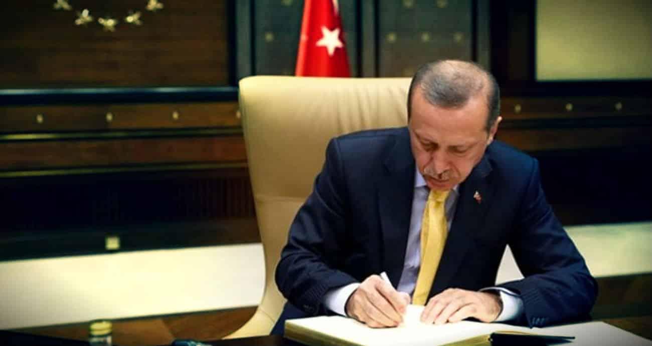 Erdoğan masasındaki en beğenilen siyasetçiler anketi