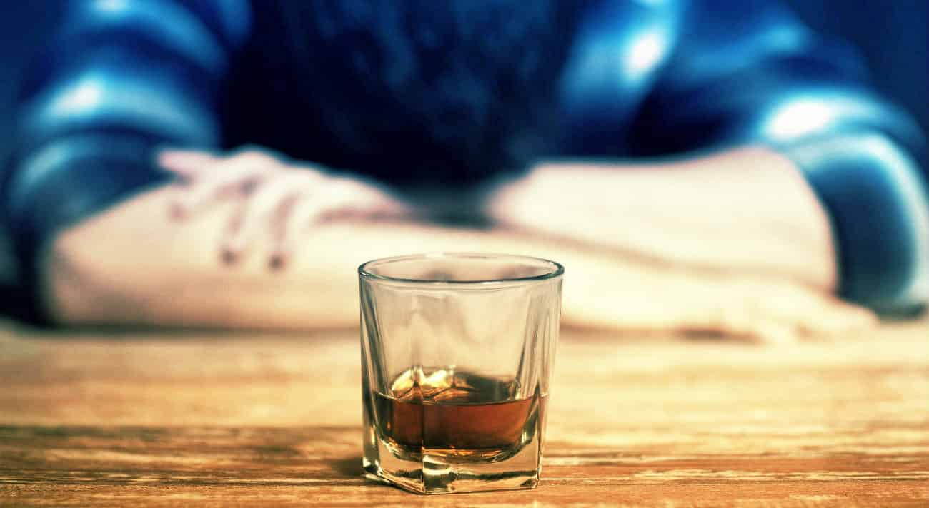 İngiliz bilim insanı en hızlı sarhoş eden alkollü içkileri sıraladı