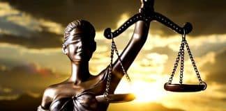 siyasetin güdümündeki türk adalet sistemi