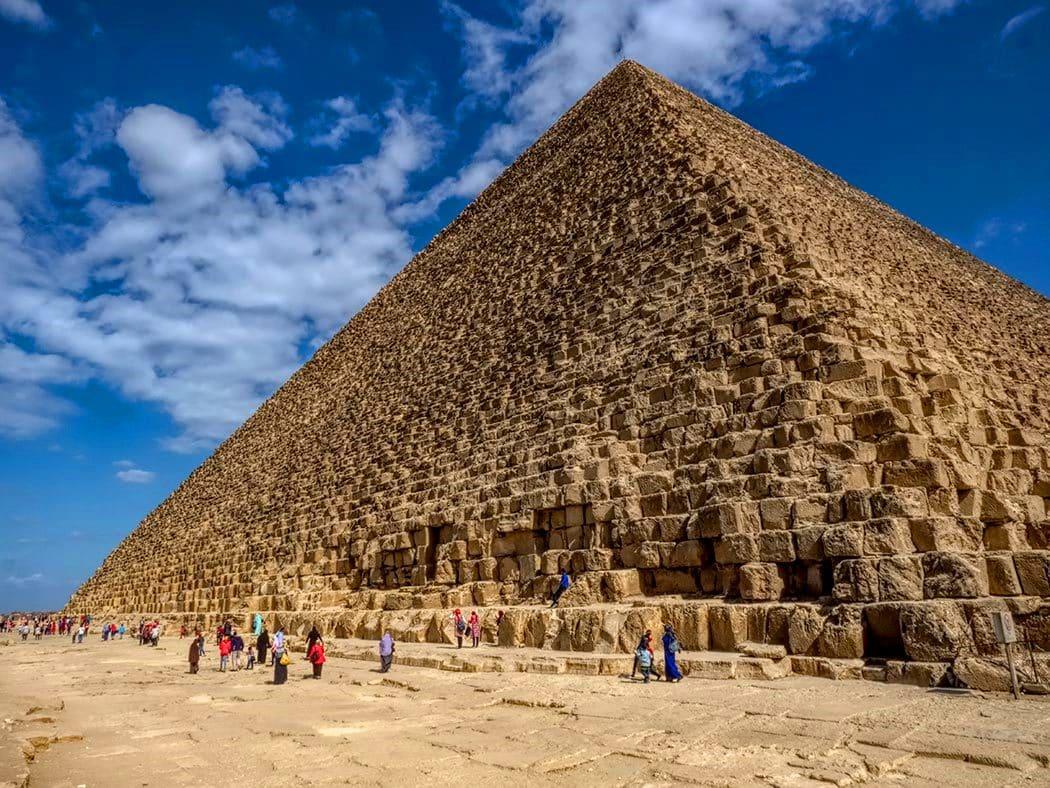 giza piramitleri