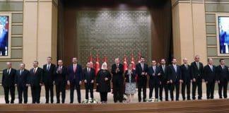 AKP'li vekiller bakanlardan rahatsız: Seçimle işbaşına gelmedikleri için