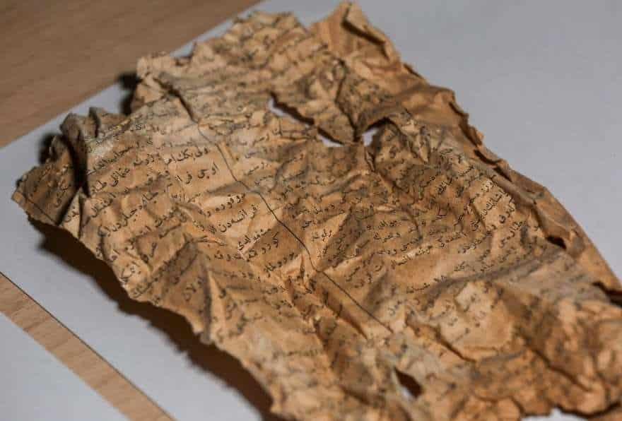 dolmabahçe 100 yıllık gazete küpürleri Osmanlı'nın ilk uçakları hakkında bilgi veriyor