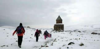 Kış tatilinde Kars çocuklarla kamp kampa gidelim mi baba