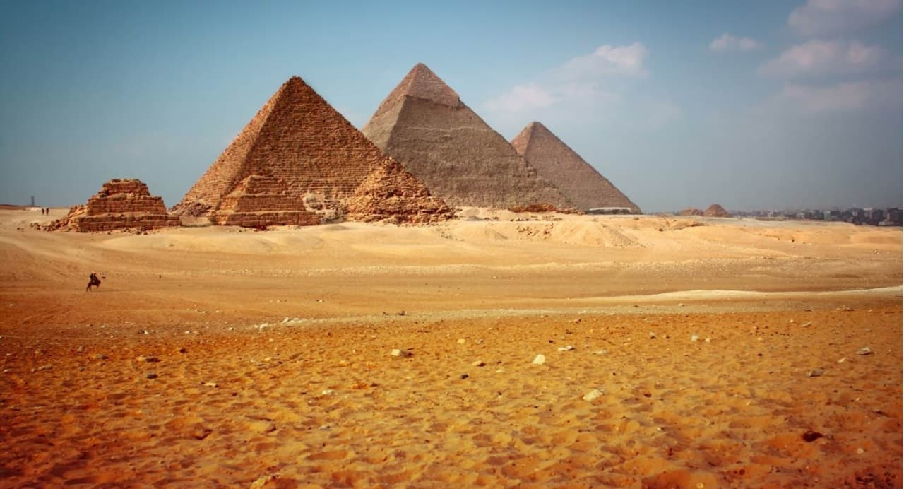 Mısır Piramitleri kum ile mi yapıldı? Şaşırtan bilimsel bulgular!