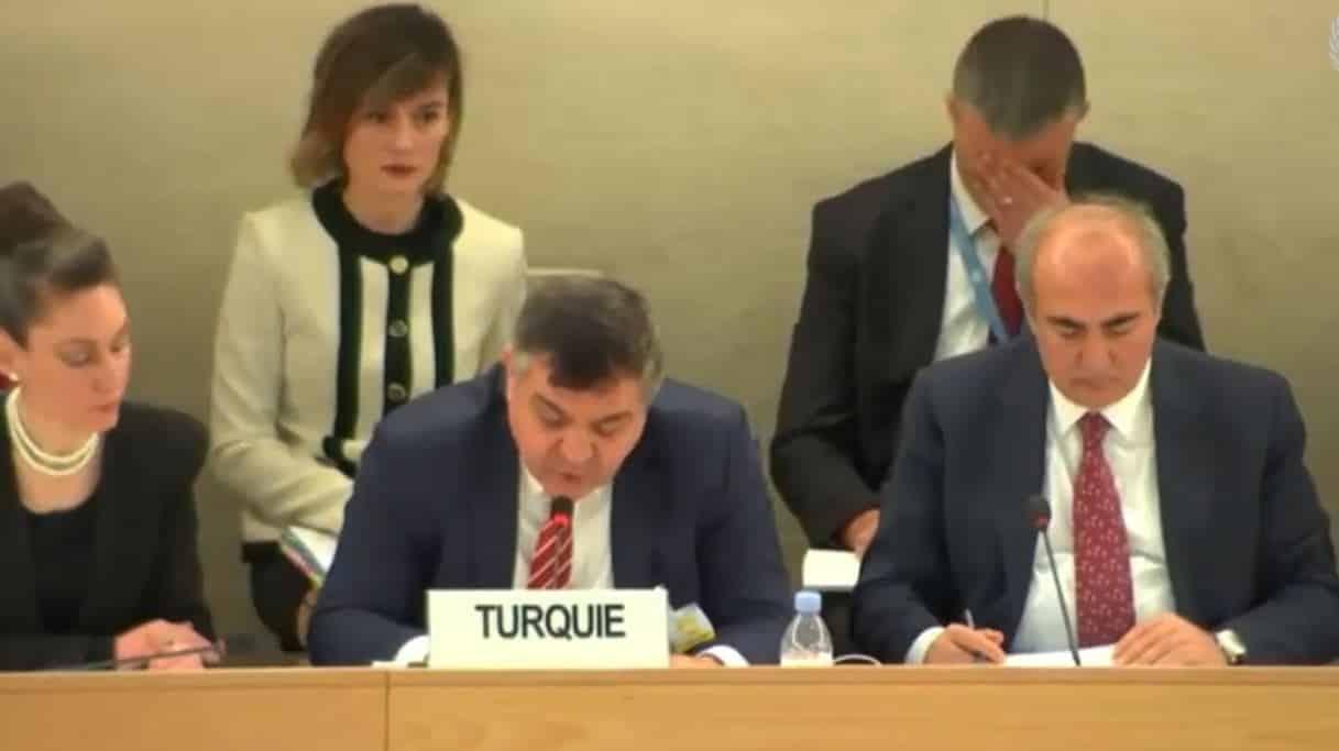 AB Türkiye Başkanı Faruk Kaymakcı'nın İngilizcesi eleştirilere neden oldu