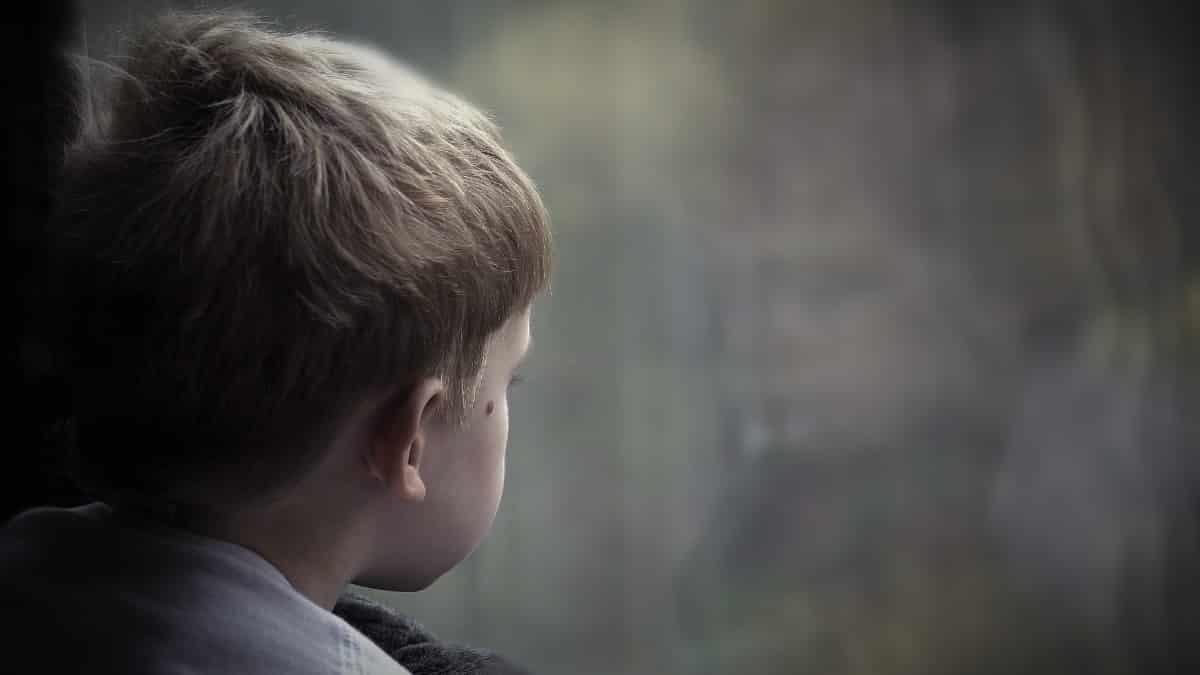 Çocuklarda istismar belirtileri neler? İyi ve kötü dokunma nedir?