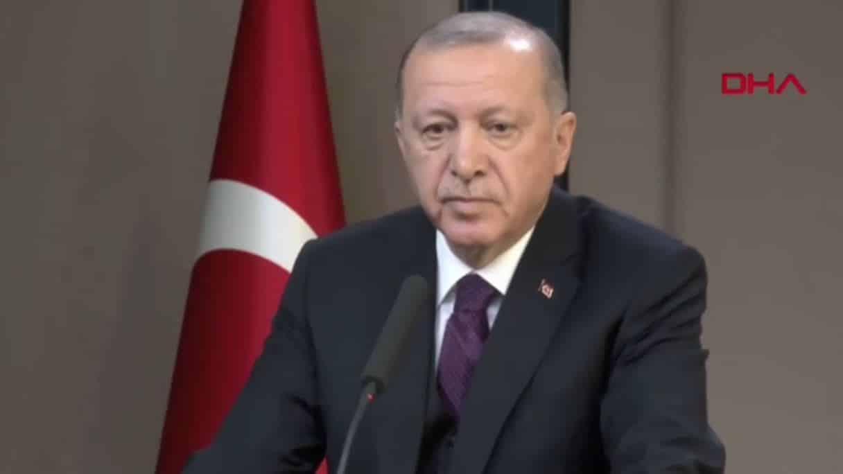 Cumhurbaşkanı Erdoğan Fox TV muhabirine sert tepki birkaç şehit açıklaması